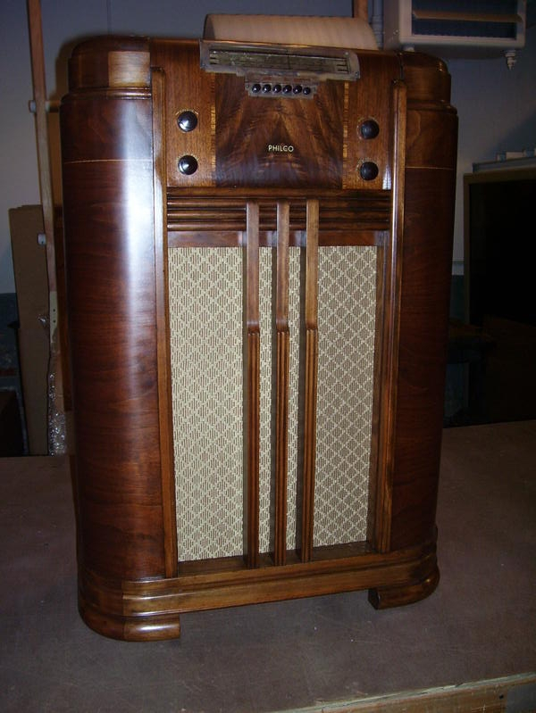Antique Philco Console Radio my Antique Radio is a Philco